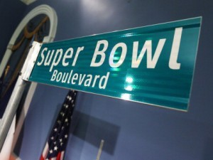 super-bowl-boulevard-sign.jpg w=420&h=316&crop=1